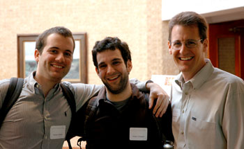 Stephen Keckler, a UTCS faculty member, visits with two UTCS students and scholarship recipients, Ferner Cilloniz Bicchi (left) and Adam Setapen (middle), at the 2009 Scholarship Lunch.